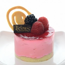 Strawberry Set Cheesecake- premium