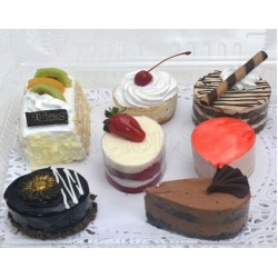 7 item treat box
